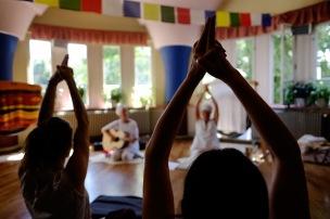 Yoga mit Live Musik